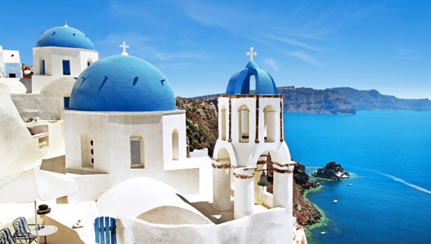 cruise-to-santorini-greece